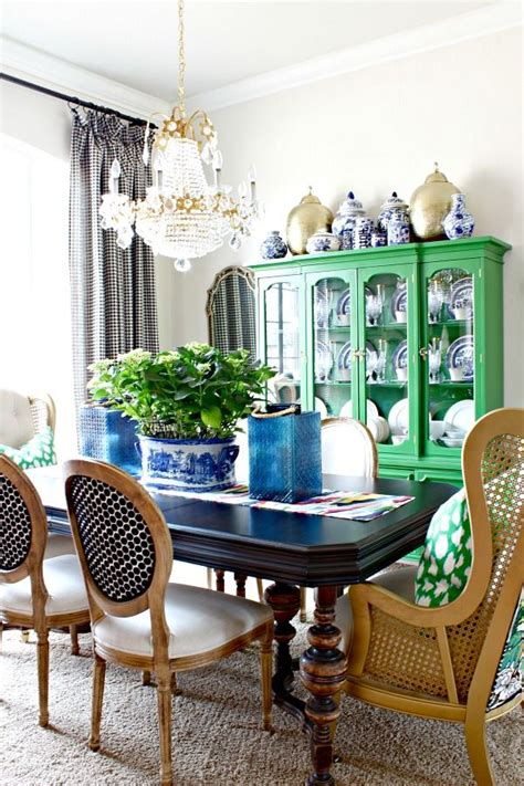 Kitchen Table Tangles 17 Best Ideas About Dining Room Cabinets On
