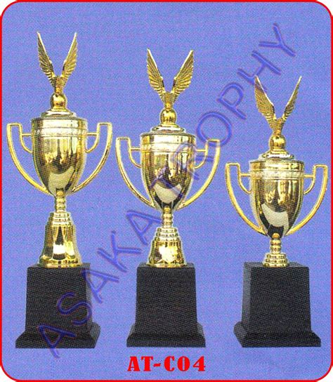 Piala Trophy Murah 1 harga piala murah asaka trophy piala murah duplikat