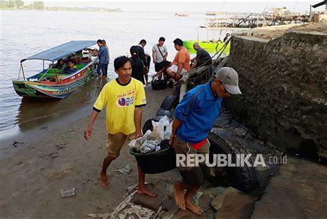 Solar Aceh Kecil nelayan kecil aceh barat kesulitan bbm republika