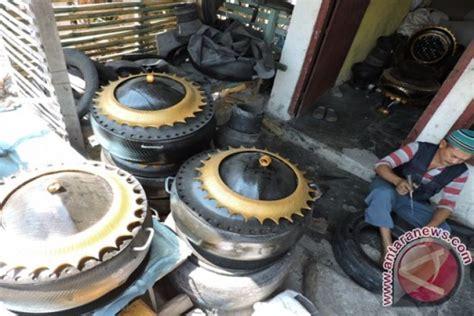 warga gorontalo daur ulang ban mobil bekas antara news
