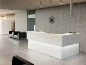 Cheap Desks Under 100 25 Best Ideas About Reception Desks On Pinterest Office