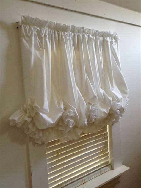 how to make a balloon shade curtain 10 best ideas about balloon curtains on pinterest