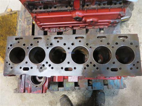 engine perkins pk  engine block    thin sleeves  cyl diesel