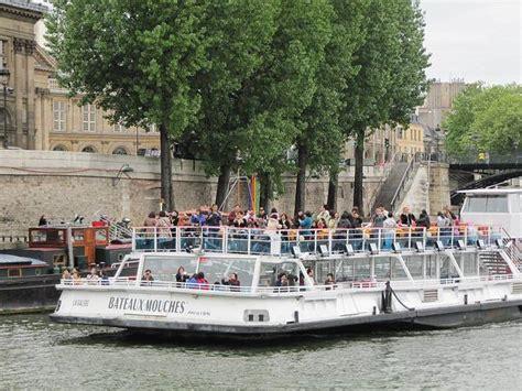 la seine boat trip paris france boat trip on river seine practical information photos