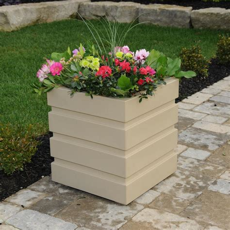 Mayne Planters by Mayne Freeport 18 In Square Clay Plastic Planter 5860 C