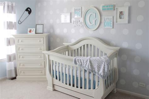 Wallpaper Sticker Dinding Garis Krem Lightblue 10 wonderful baby nursery with polka dot themes home