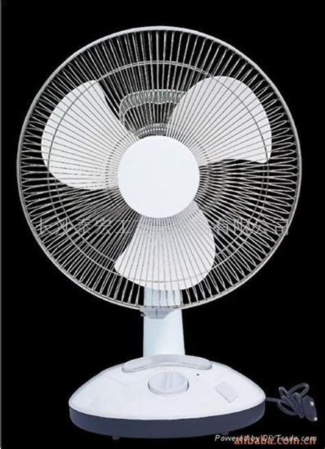 Small Table Fan Lowest Price Emergency Charging A Small Table Fan Yg 3812 China