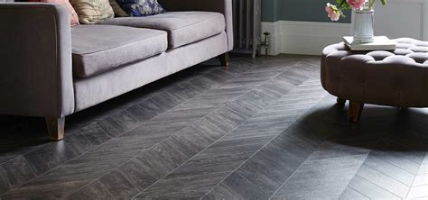 Amtico Vinyl Tiles   Spacers Showrooms