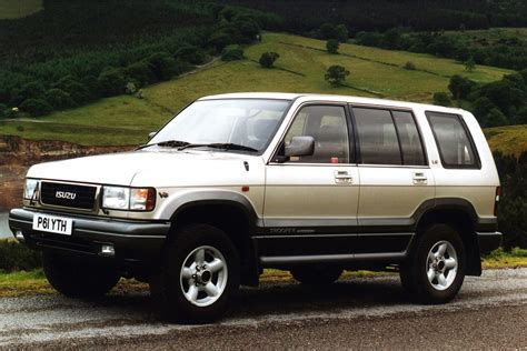 isuzu trooper 1992 car review honest john
