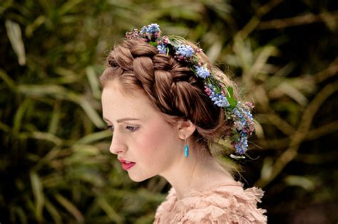 traditional scottish hairstyles a mythical tune irish wedding traditions green wedding