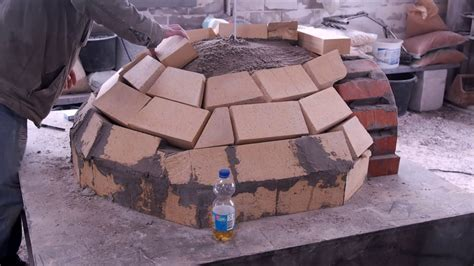 steinofen bauen holzofen selber bauen pizzaofen selber bauen