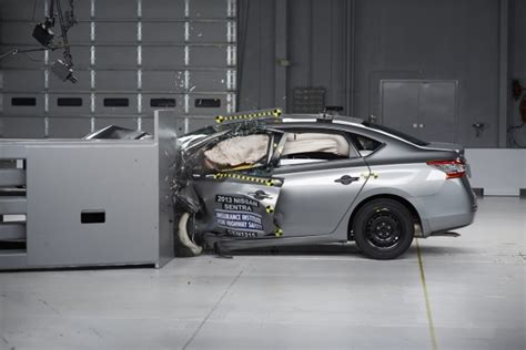 nissan sentra 2013 modified 2015 nissan sentra improves iihs safety ratings on retest