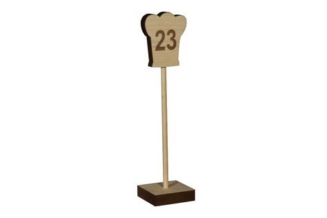 wooden table numbers  restaurants  cafes morans