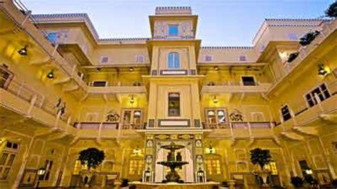 Per Meja Di Zhang Palace 10 hotel termahal di dunia berjambang