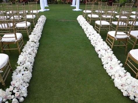 Wedding Aisle Runner For Grass by 10 Images About Wedding Aisle Runners On