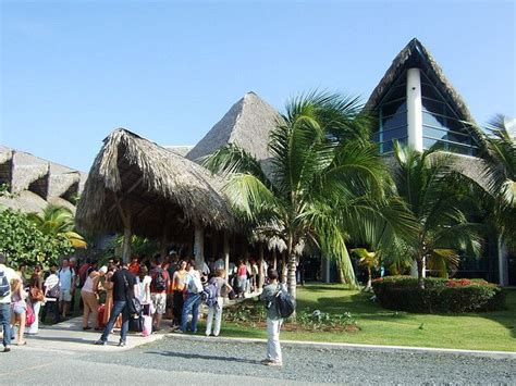 dominican airport transfers llc punta cana luxury transfers 19 best airport vip transfer punta cana images on