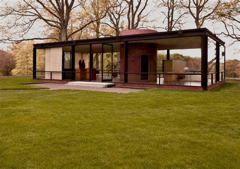 panoramio photo of the glass house by philip johnson