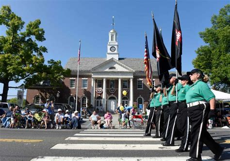 themes newtown thousands celebrate labor day at annual newtown parade