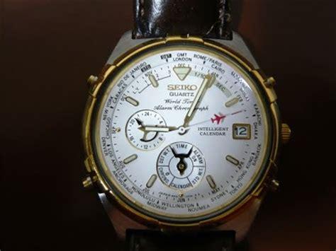 Alba Roox Quartz デジアナ時計ブログdigi seiko 6m15 0020 world timer