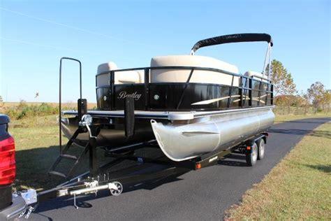 bentley pontoons bentley pontoons 220 cruise boats for sale boats