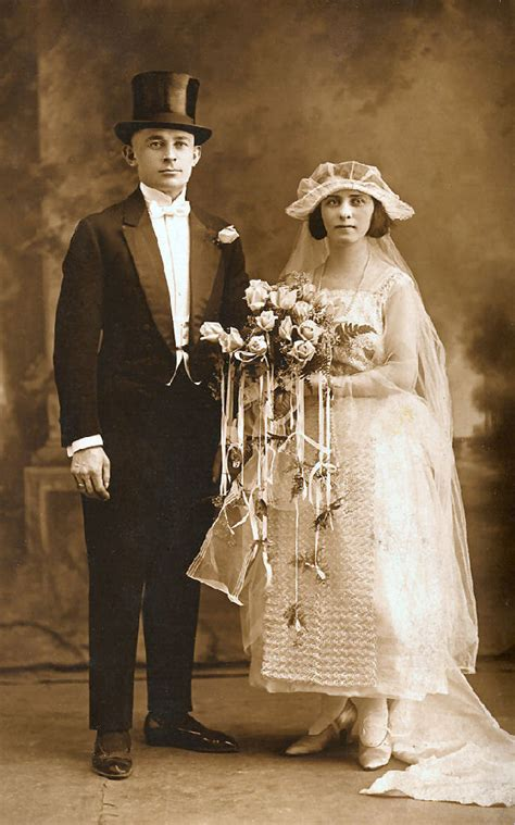 Hochzeit 20er by 1920 S Marriage Lessons Tes Teach