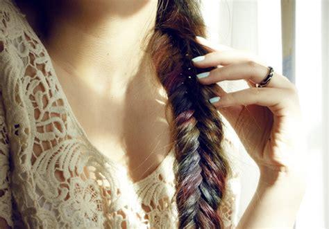hair chalking a new look at diy hair color stylenoted diy hair chalk diy craft projects