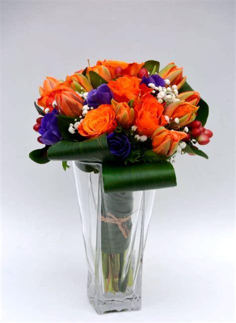 arancio fiori bouquet arancio e viola fiori de berto consegna fiori