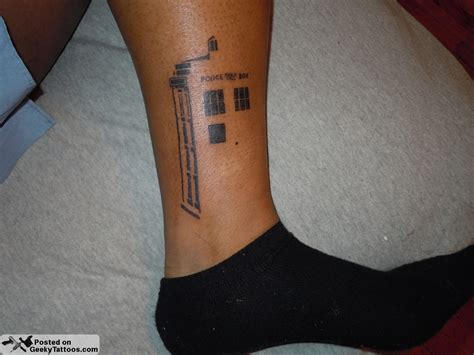 dr who tattoo tardis outline geeky tattoos