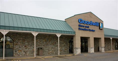 Goodwill Background Check Goodwill Store Outlet Center Donation Center 2353 Lincoln Highway E Lancaster Pa 17602