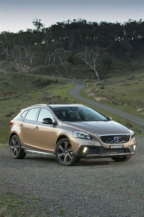 volvo  cross country review  caradvice