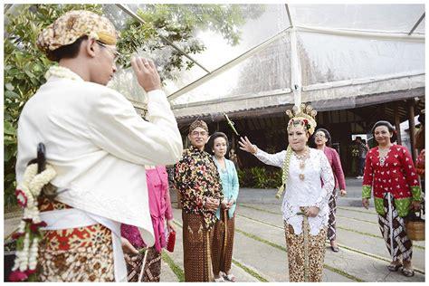Pre Wedding Adat Jawa by Wedding Adat Jawa Outdoor Di Rumah Sarwono Jakarta