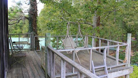 tree house bed and breakfast treehouse 125 night plus tax the secret bed and breakfast
