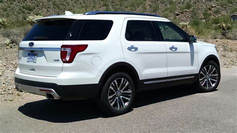 2017 ford explorer platinum first drive ford explorer platinum testdriven tv