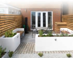 Small Contemporary Garden Design Ideas A Small Contemporary Garden Woodpecker Garden And Landscape Designs Yard