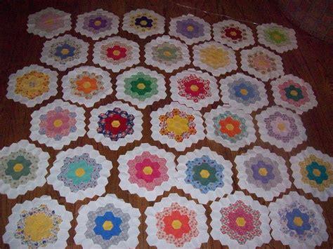Grandmother Flower Garden Quilt Big D Grandmother S Flower Garden Quilt
