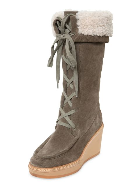 see by chlo 233 80mm suede shearling wedge boots in brown