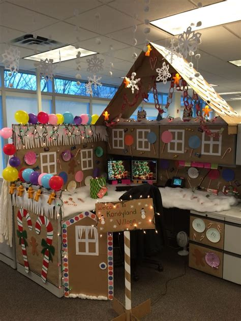 best and worst christmas office decorations 24 best gingerbread cubicle images on cubicle ideas cubicle decorations