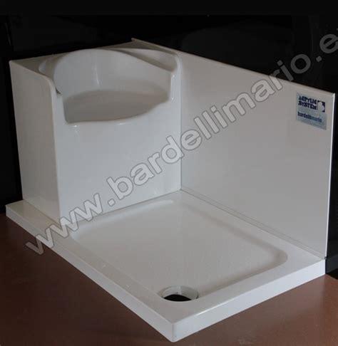 doccia con sedile bardelli mario vasche in vetroresina per sovrapposizione