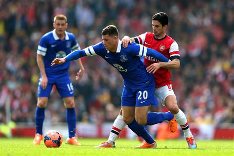 arsenal vs everton ross barkley in arsenal v everton fa cup quarter final