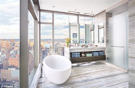 Floor To Ceiling Windows Apartments Nyc by Gisele Bundchen And Tom Brady Buy 14million New York
