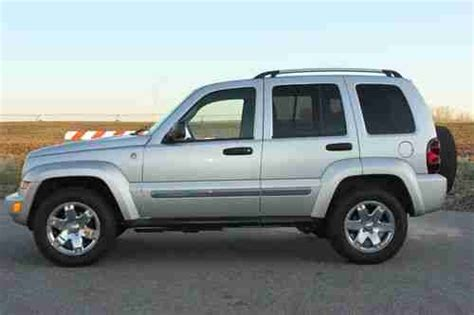 automobile air conditioning service 2005 jeep liberty regenerative braking purchase used 2005 jeep liberty limited sport utility 3 7l v6 4x4 4wd 73k mi leather clean in