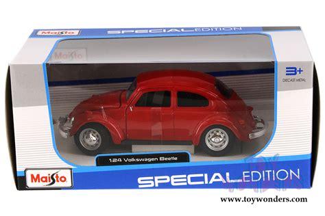 volkswagen maisto volkswagen beetle hard top by maisto 1 24 scale diecast