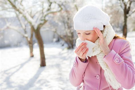 holiday allergy triggers dealing with asthma cold and