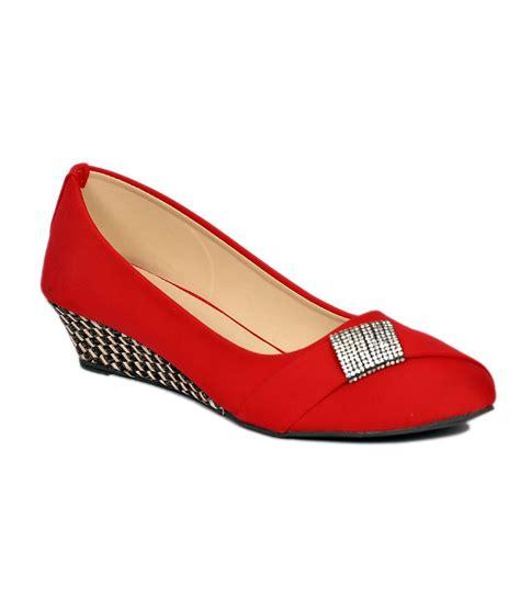 comfortable red heels stylish step red comfortable medium heel wedges price in