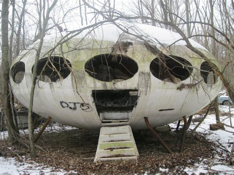 buy futuro house the futuro house project information photos locations strange weird wonderful
