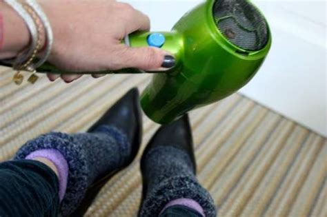 7 Reasons Why Shouldnt Give Up Wearing Heels by 14 Shoes Hacks To Save Your Toes