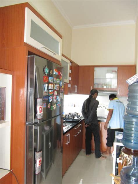 Lu Hias Ruang Tamu Di Semarang kitchen set minibar furniture semarang