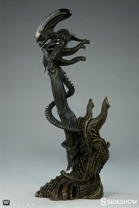 alien alien statue by sideshow collectibles sideshow