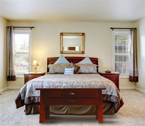 Desk At Foot Of Bed by Awesome Foot Of The Bed Design Ideas