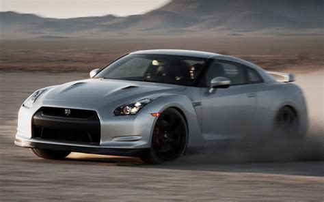 2010 nissan gt r review and rating motor 2010 nissan gt r review and rating motor trend